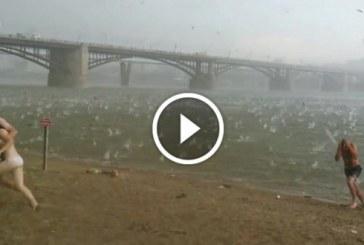 Óriási jégeső csapott le egy strandon Oroszországban
