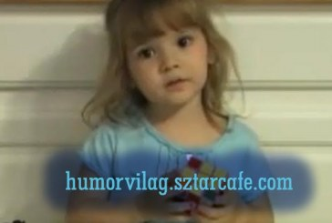 Nagyon ügyes kislány kevesebb, mint három perc alatt rakja ki a Rubik-kockát!