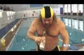 A legíjabb őrült versenyszám – 1 üveg vodka úszás előtt