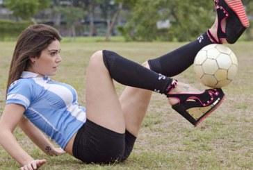 A csini csajok is nagyon jól bánnak a labdával…