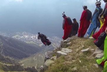 15 Szárnyasugró elképesztő repülése a talaj felett 1-2 méterrel