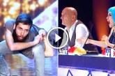 Mindenkinek tátva maradt a szája, amikor a fiatal srác táncolni kezdett! – Videó
