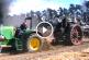 Régi gőztarktor és az új diezel traktor párbaja – Amikor a jelen és a múlt összecsap